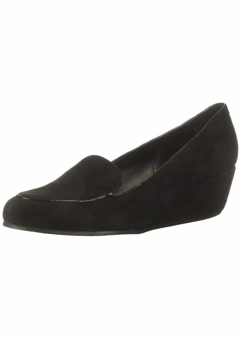 Kenneth Cole REACTION Women's Tip Wedge Pump Loafer   M US