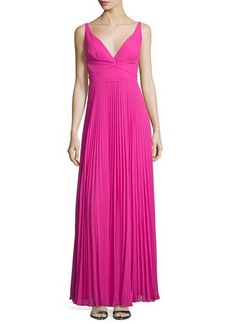 Laundry by Shelli Segal Sleeveless V-Neck Plisse Gown
