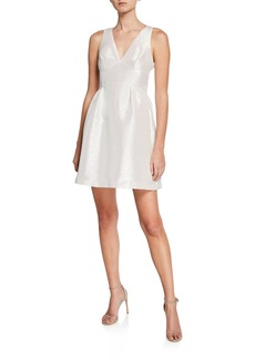 Laundry by Shelli Segal Metallic Sleeveless Cocktail Dress w/Side Pockets