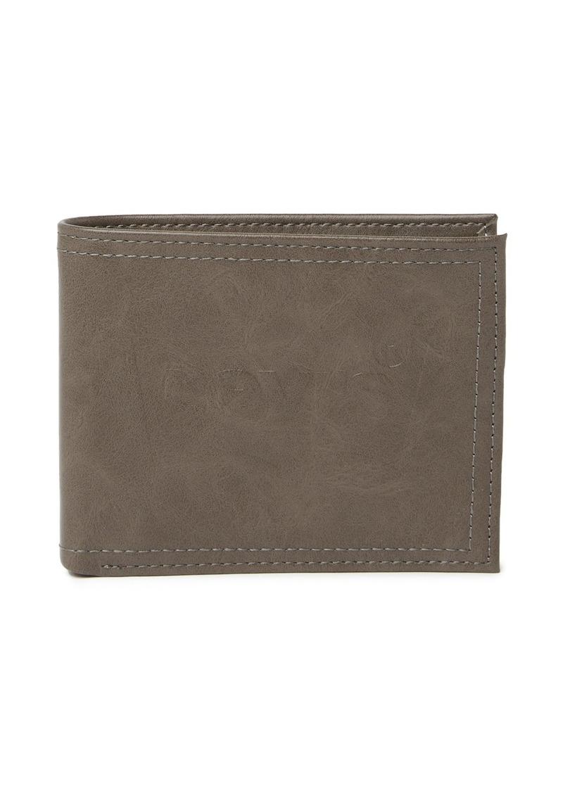 7566e64b8 Levi's Carter Passcase Leather Wallet   Bags