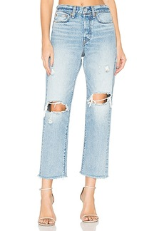 LEVI'S Wedgie Straight. - size 29 (also in 26,27,30)