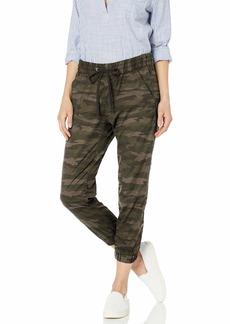 Levi's Women's Jet Set Jogger Jeans Comfy Camo