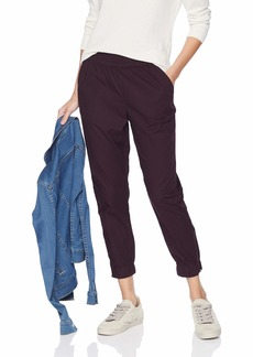 Levi's Women's Jet Set Taper Zip Pants Comfy cali Plum