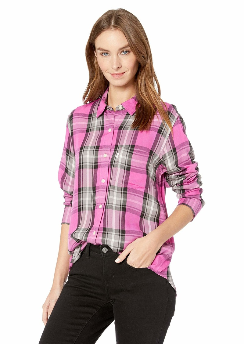 Levi's Women's Ultimate Boyfriend Shirt