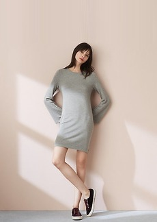 LOFT Lou & Grey Signaturesoft Bell Sleeve Dress