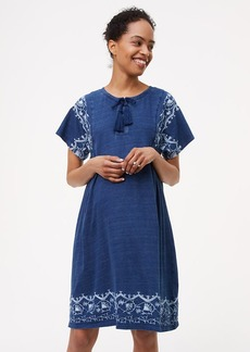 Petite Maternity Embroidered Lace Up Swing Dress
