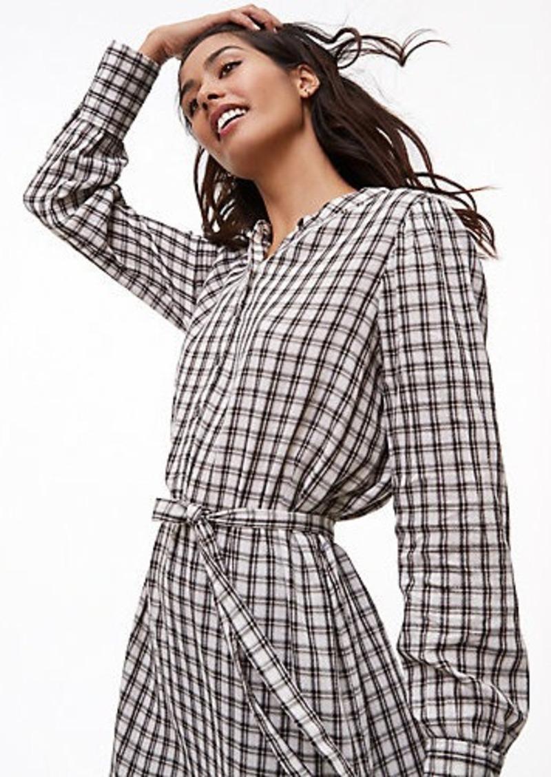 5a8472e955 LOFT Plaid Tie Waist Shirtdress