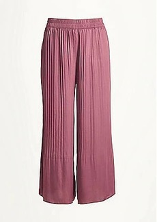 LOFT Pleated Wide Leg Crop Pull On Pants