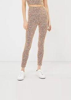 Lou & Grey Leopard Print Essential Leggings