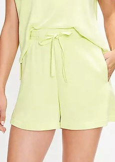 Lou & Grey Signature Softblend Drawstring Shorts