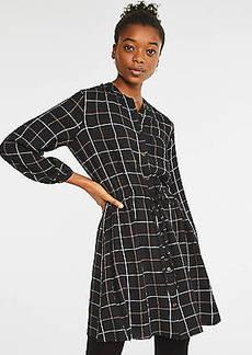 Lou & Grey Plaid Crinkle Drawstring Shirtdress