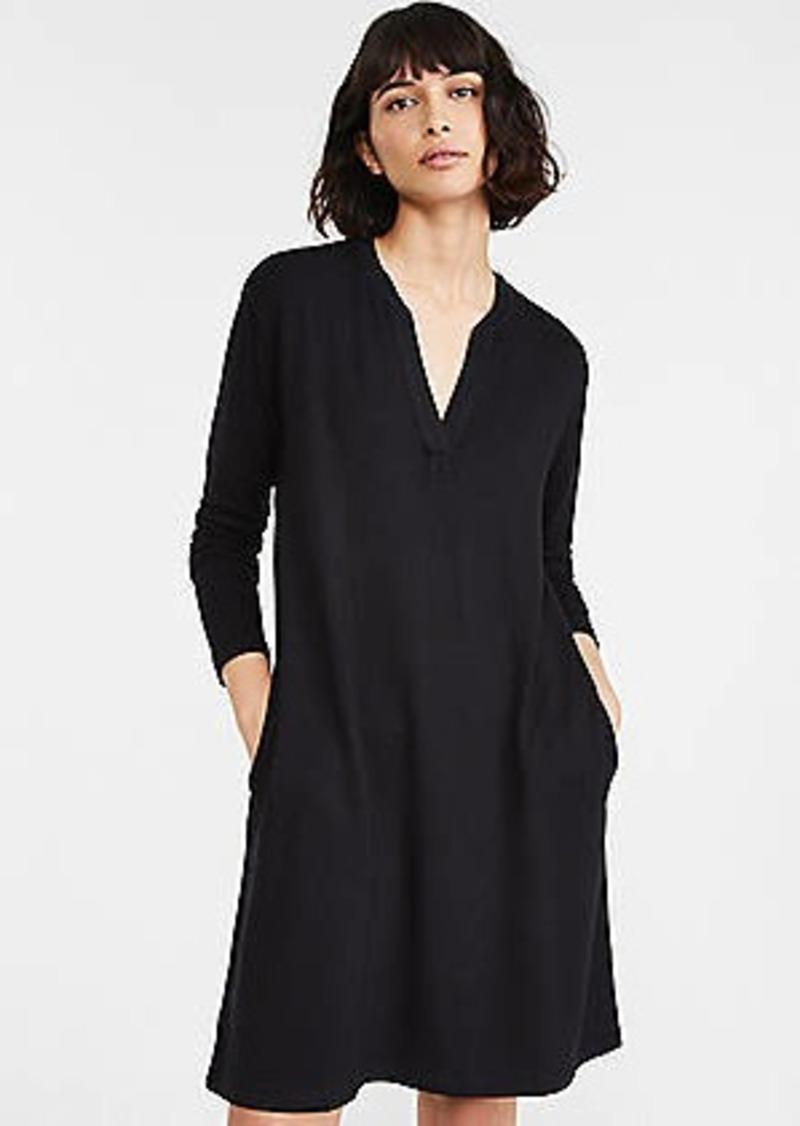 Lou & Grey Signaturesoft Split Neck Pocket Dress