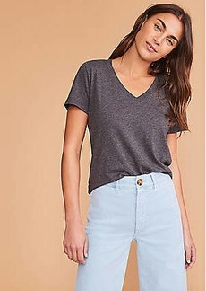 Lou & Grey Softserve V-Neck Tee