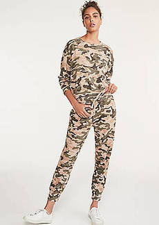 Lou & Grey Sundry Camo Tapered Sweatpants