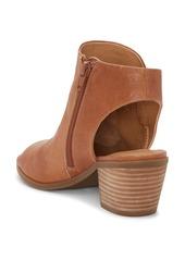 Lucky Brand Baaka Shield Sandal (Women)