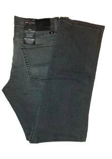 Lucky Brand Men's 221 Original Straight-Leg Jean in  34x34