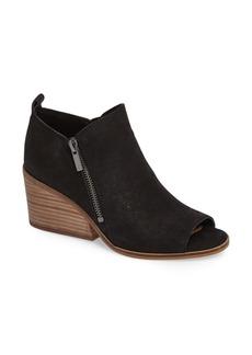 Lucky Brand Sinzeria Sandal (Women)