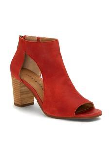 Lucky Brand Udine Shield Sandal (Women)