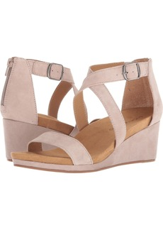 Lucky Brand Women's Kenadee Wedge Sandal   M US