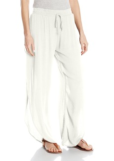 Lucy Love Women's Scallop Pant
