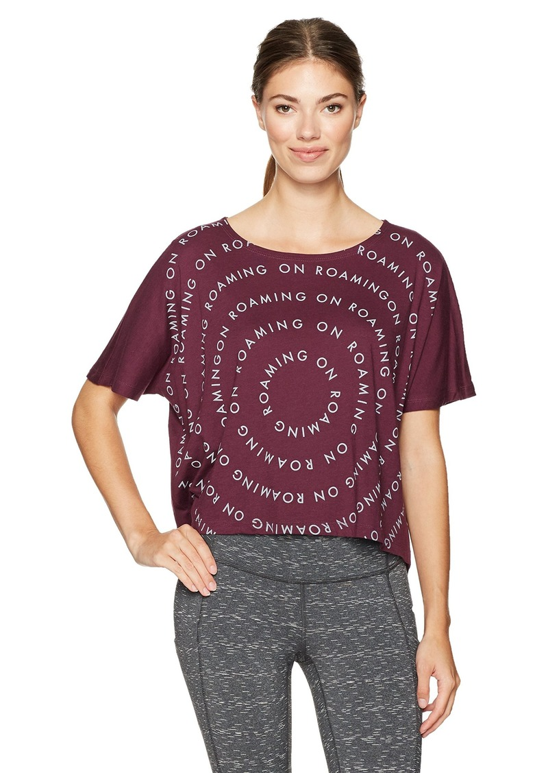 Lucy Women's Roaming Circle Graphic Tee  M