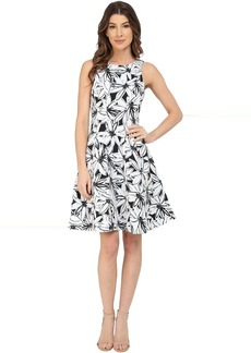 Maggy London Stencil Daisy Print Faille Fit and Flare Dress