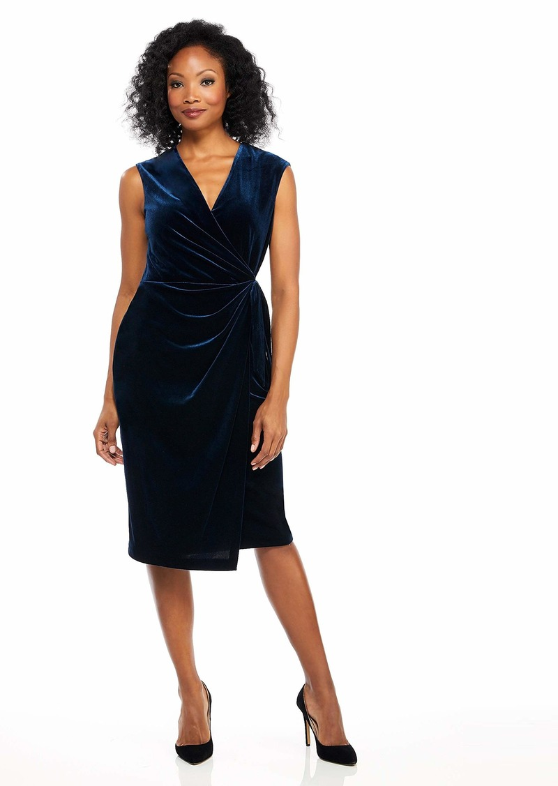 Maggy London Women's Cap Sleeve Velvet Sheath