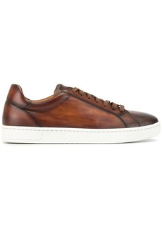 Magnanni flat low top sneakers