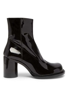 Maison Margiela Exaggerated toe patent-leather boots