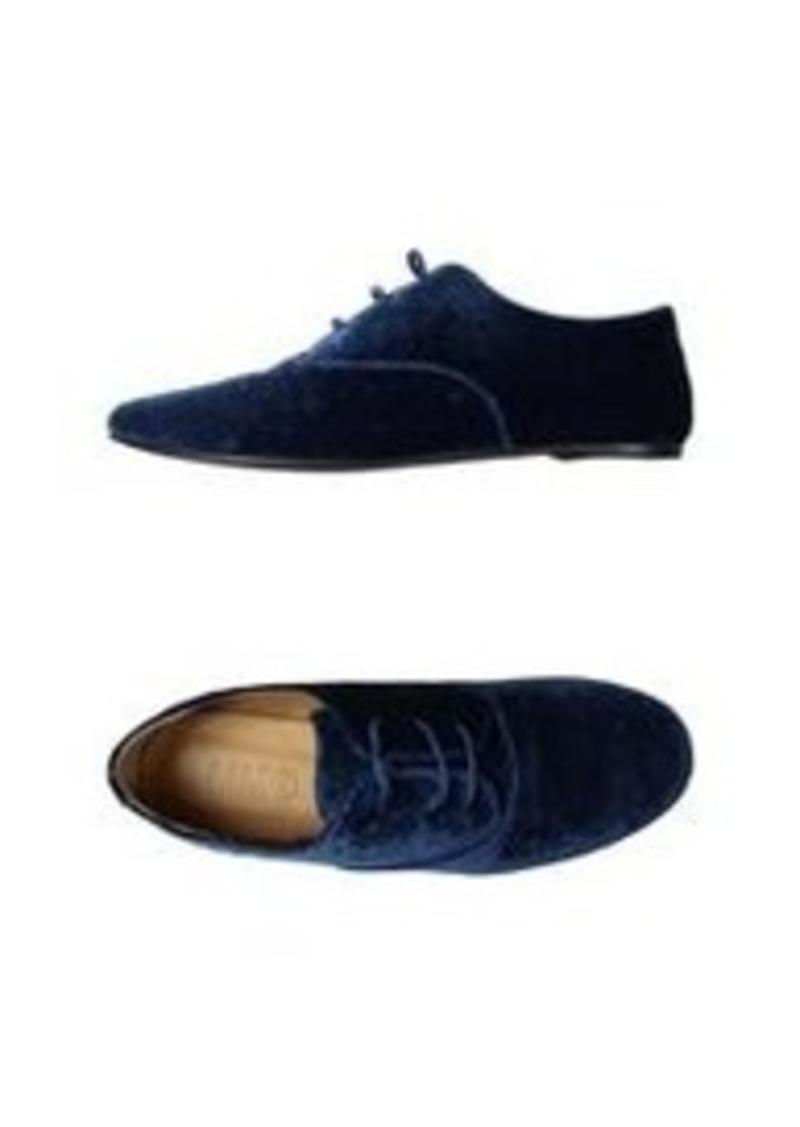 maison martin margiela mm6 by maison margiela laced shoes shoes shop it to me. Black Bedroom Furniture Sets. Home Design Ideas