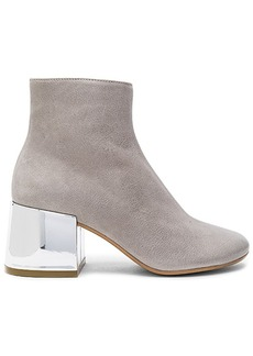 Maison Martin Margiela MM6 Maison Margiela Bootie in Light Gray. - size 36 (also in 36.5,38,38.5)
