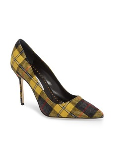 Manolo Blahnik Gingham Pointy Toe Pump (Women)