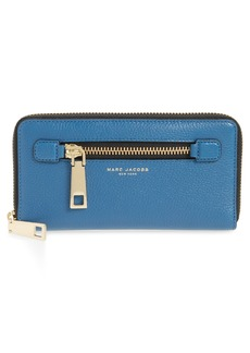 MARC JACOBS Vertical Zippy Wallet