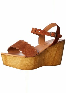Matisse Women's Chrysler Wedge Sandal tan  M US