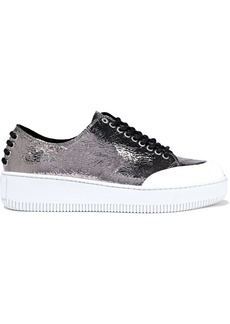 Mcq Alexander Mcqueen Woman Netil Metallic Crackled Leather Sneakers Silver