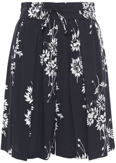Mcq Alexander Mcqueen Woman Pleated Floral-print Twill Shorts Black