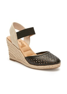 Me Too Bess Wedge Sandal (Women)