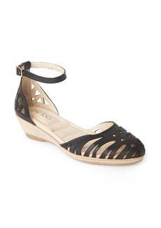 Me Too Nalani Ankle Strap Sandal (Women)