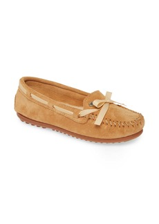 Minnetonka Cloud Genuine Shearling Lined Moccasin (Women)