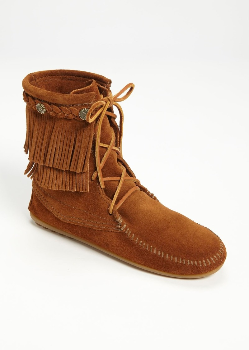 humorrmundiall.ga's selection of moccasins is guaranteed to please. Whether you want moccasin slippers, driving moccasins, or indoor/outdoor moccasins, we have an unparalleled assortment of the highest quality at great prices.