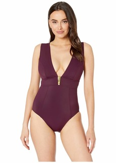 Amoressa by Miraclesuit Moderne Delahaye One-Piece