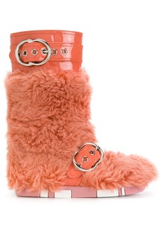 Miu Miu fur buckled boots - Yellow & Orange