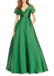 ML Monique Lhuillier Lace Short-Sleeve Ball Gown