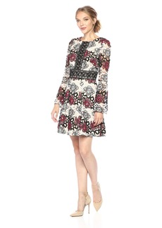 ML Monique Lhuillier Women's Lace Bell Sleeve Dress