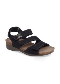 Munro Antila Sandal (Women)