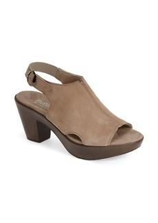 Munro 'Kirsten' Slingback Sandal (Women)