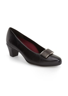 Munro 'Mara' Block Heel Pump (Women)