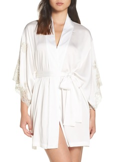 Natori Chantilly Lace Wrap