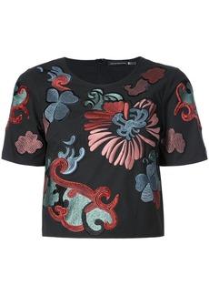 Natori embroidered flower cropped T-shirt - Black