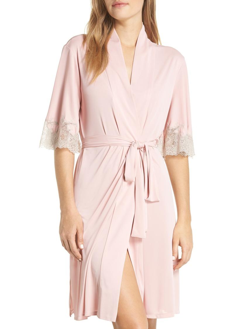Natori Enchant Lace Trim Wrap